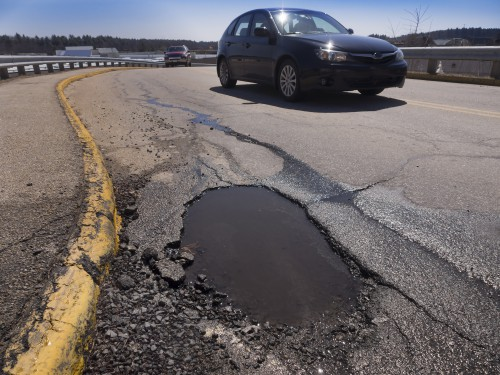 How to Not Fall Into a Trap When Filing a Pothole Injury Claim