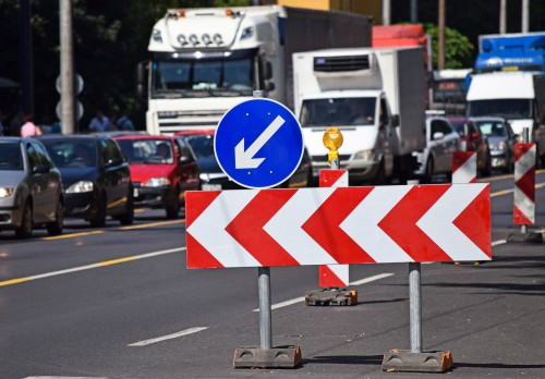 Does Closing Lanes After Car Accidents Lead to Even More Accidents?